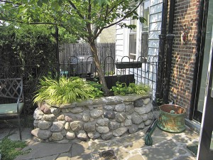 Stone wall masonry