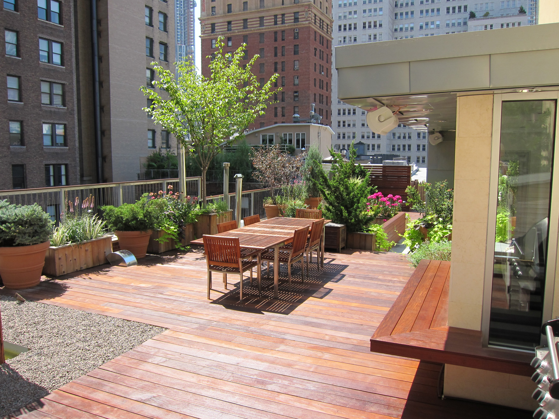 Rooftop Garden Tribeca Photo They Will Utilize A Pedestal Decking System ...
