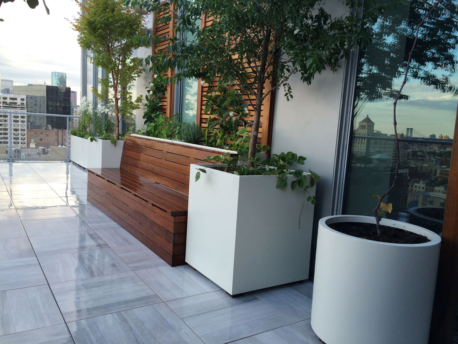 Decks Made With Porcelain Tiles All Decked Out